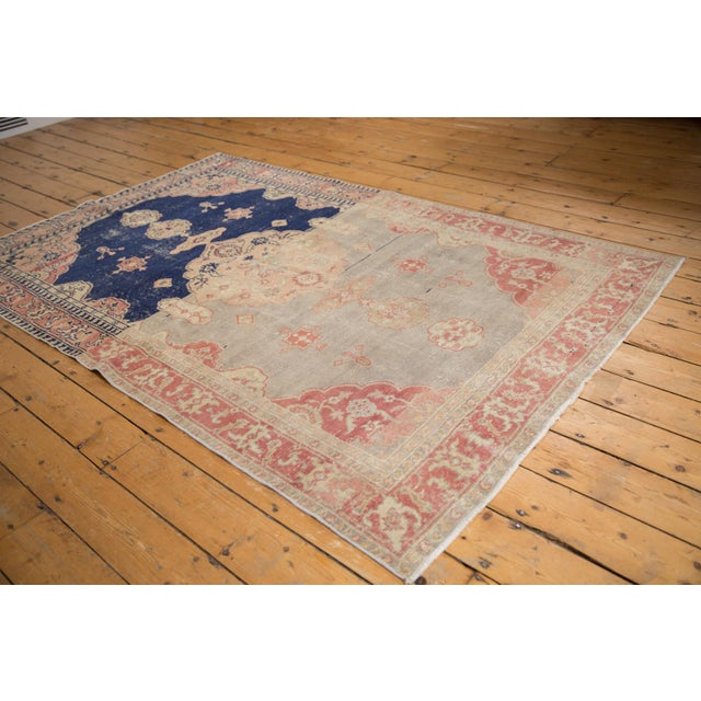 """Old New House Vintage Distressed Sivas Rug - 4'10"""" X 7'7"""" For Sale - Image 4 of 12"""