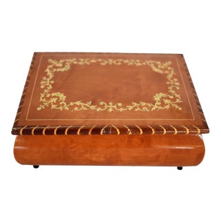 Late 20th Century Italian Marquetry Box For Sale