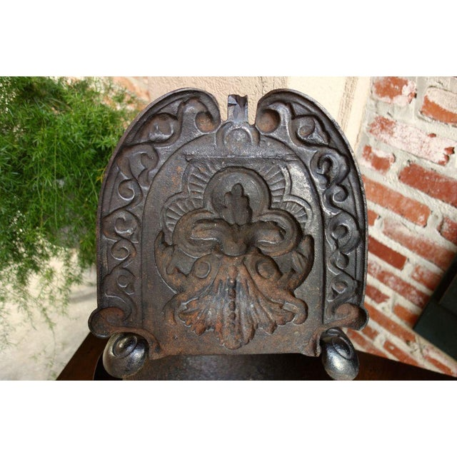 Antique French Gothic Victorian Cast Iron Fireplace Coal Hod For Sale - Image 9 of 11