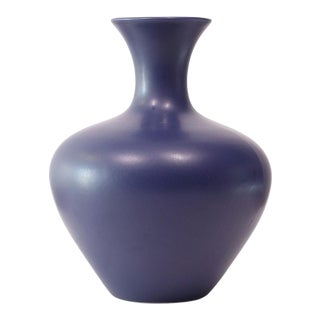 1980s Late Mid-Century Haeger Matte Blue Amphora Ceramic Vase For Sale