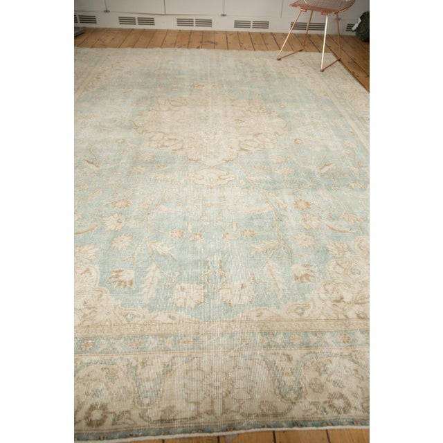 "White Vintage Distressed Sivas Carpet - 8'7"" X 11'1"" For Sale - Image 8 of 12"