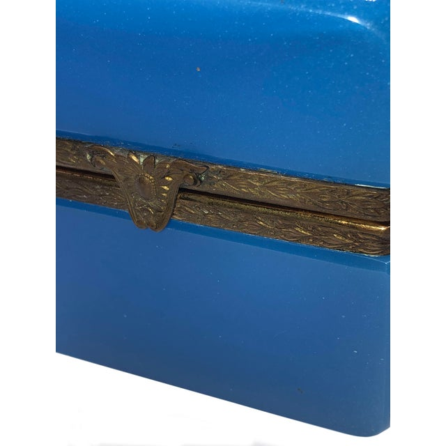 1940s 1940s French Blue Opaline Trinket Box For Sale - Image 5 of 8