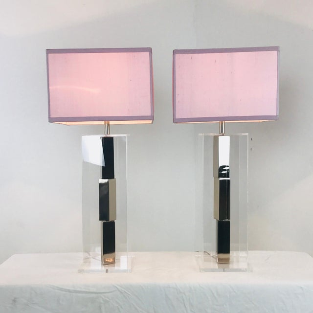 Pair of Lucite and Chrome Table Lamps by Laurel With Silk Shades For Sale - Image 9 of 13