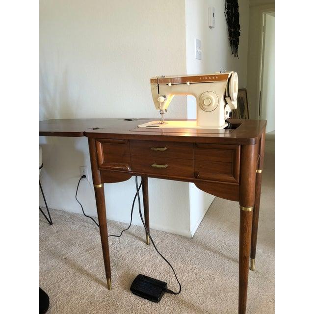 Vintage Mid-Century Singer Sewing Machine Desk - Image 4 of 9