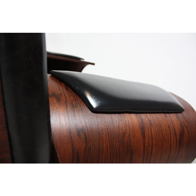 Brazilian Modern Jacaranda and Leather Swiveling Lounge Chair by Jorge Zalszupin For Sale - Image 10 of 13