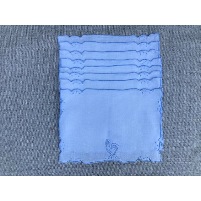 1960s 1960s Mid Century Blue & White Linen Cocktail Napkins With Rooster Motif - Set of 8 For Sale - Image 5 of 5