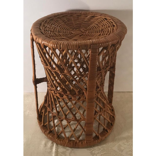 Mid-Century Modern Vintage Mid-Century Modern Wicker Stool or Plant Stand For Sale - Image 3 of 8