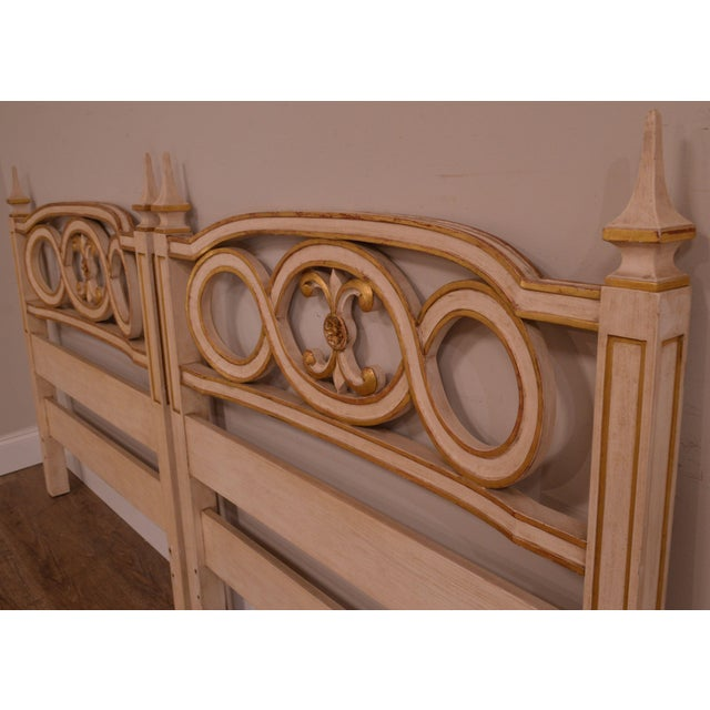 1950s John Widdicomb French Regency Style Off White and Gilt Accent Pair Twin Headboards For Sale - Image 5 of 12