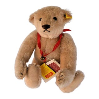 1980s Steiff Margaret Strong Bear With Tags For Sale