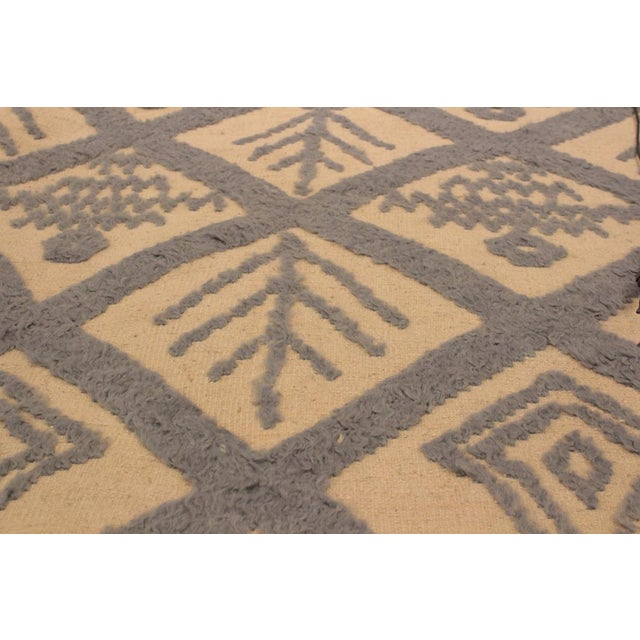 2010s Moroccan High-Low Pile Arya Tammera Ivory/Blue Wool Rug -8'1 X 10'9 For Sale - Image 5 of 8