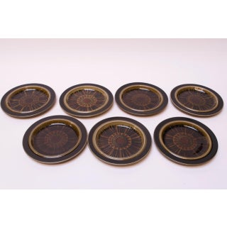 """Set of Fifteen Arabia of Finland """"Kosmos"""" Porcelain Dinner and Snack Plates Preview"""