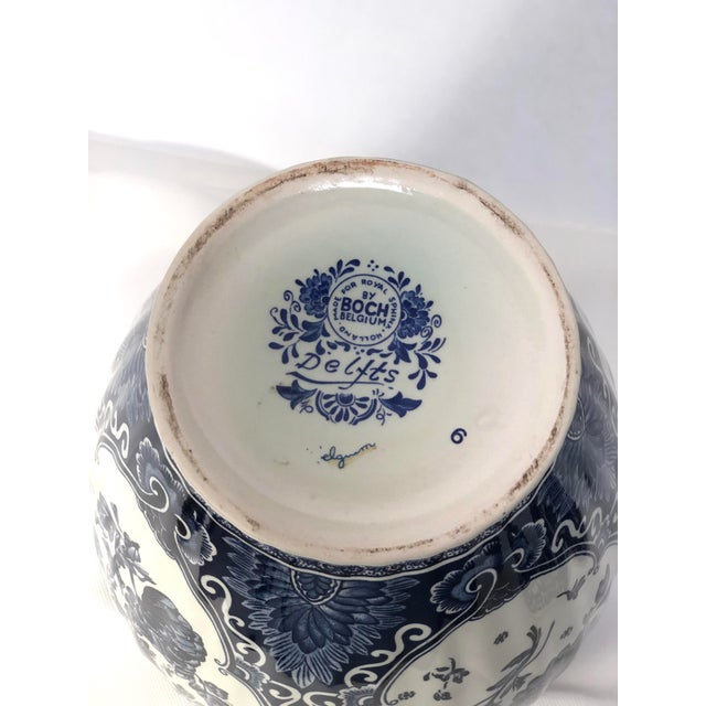 Mid-20th Century Dutch Painted Blue and White Faience Delft Ginger Jar For Sale - Image 11 of 12