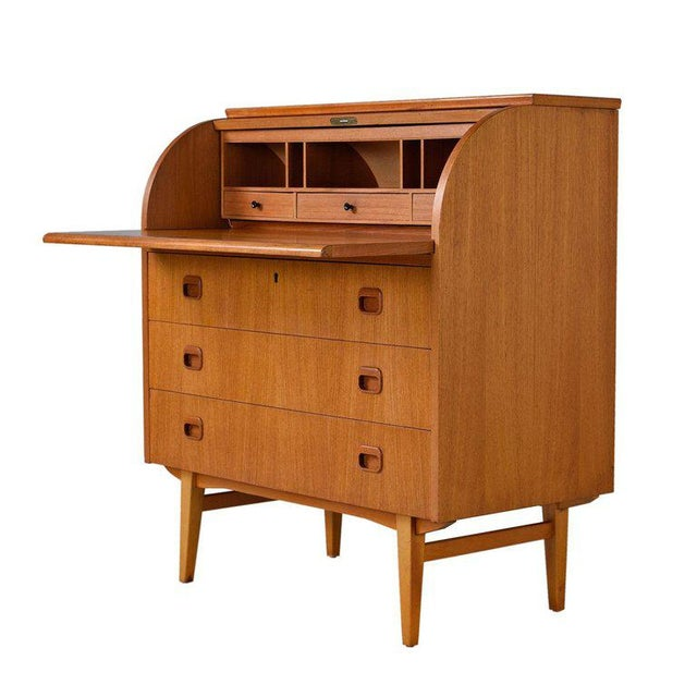 Midcentury Swedish Modern Egon Ostergaard Rolltop Secretary Desk With Key For Sale - Image 9 of 9