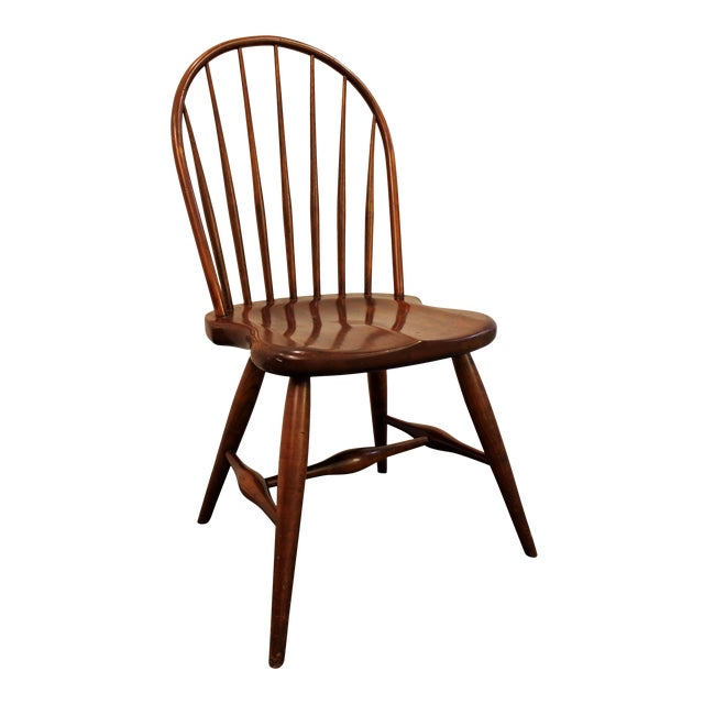 Contemporary Duckloe Bros Cherry Hoop-Back Windsor Side Dining Chair For Sale