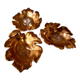 Vintage Hollywood Regency Gold Leaf Dishes From Italy - Set of 3 For Sale