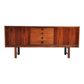 Mid-Century Danish Modern Sideboard With 4 Drawers For Sale