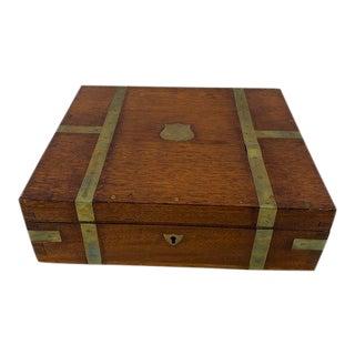 Early 20th Century English Walnut Decorative Box For Sale
