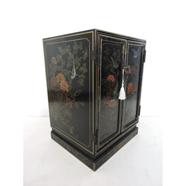 Black Oriental Lacquered Cabinet & Lock - Image 2 of 6