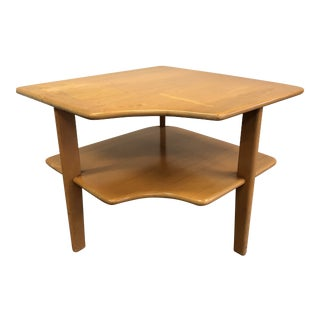 Vintage Mid Century Modern Wood Corner Table in the Style of Heywood Wakefield For Sale