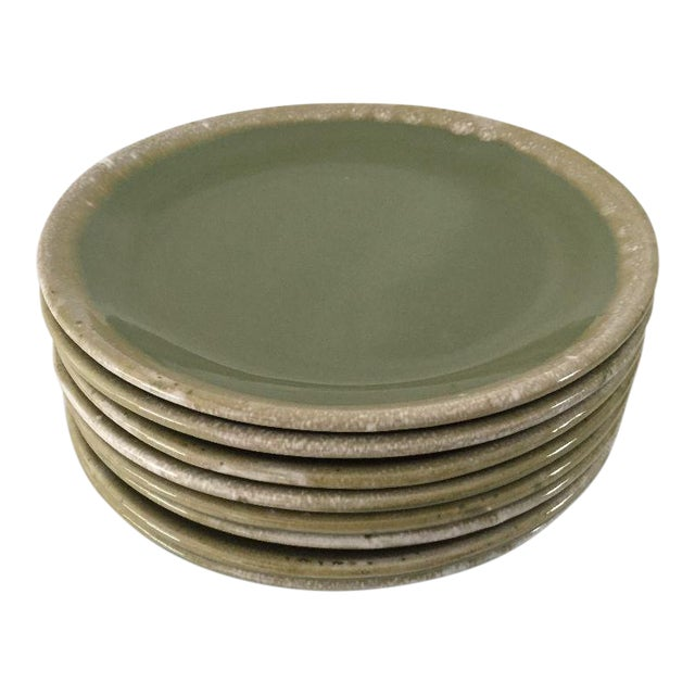 Mid-Century Hull Pottery Green Drip Glaze Dinner Plates - Set of 8 For Sale