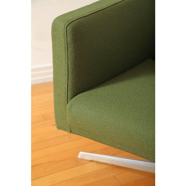 Mid-Century Modern Style Swivel Lounge Chair by Verzelloni For Sale In New York - Image 6 of 9