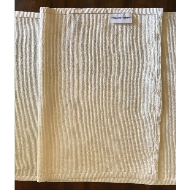 1990s Antique Williams Sonoma Off-White Silk Dupioni Eight Placemats & Table Runner - 9 Pc. Set For Sale - Image 5 of 11