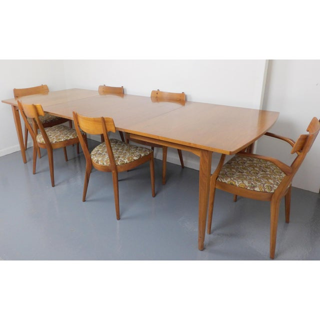 Mid Century Modern Walnut Dining Table, Leaves & 6 Chairs Set Kipp Stewart for Drexel Declaration For Sale - Image 5 of 8
