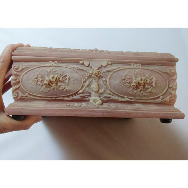 "Vintage Pink Incolay ""Marie Antoinette"" Stone Composite Jewelry Box With Tray For Sale - Image 4 of 7"