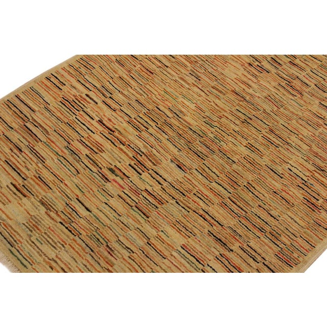 2000s Gabbeh Peshawar Blair Tan/Rust Hand-Knotted Wool Rug -3'2 X 5'0 For Sale - Image 5 of 8