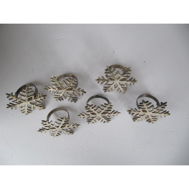 Silverplate Snowflake Napkin Rings - Set of 6 For Sale - Image 4 of 6