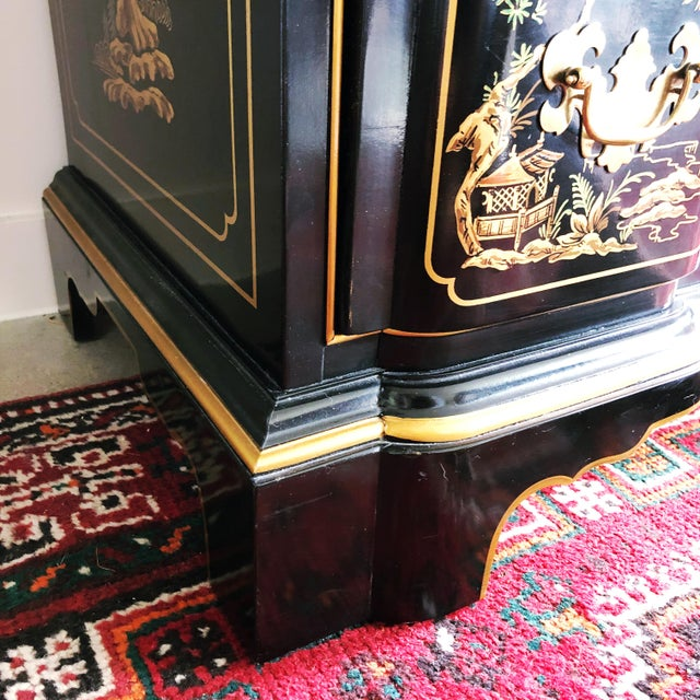 Metal Drexel Heritage Et Cetera Collection Hand-Painted Chinoiserie Dresser For Sale - Image 7 of 11