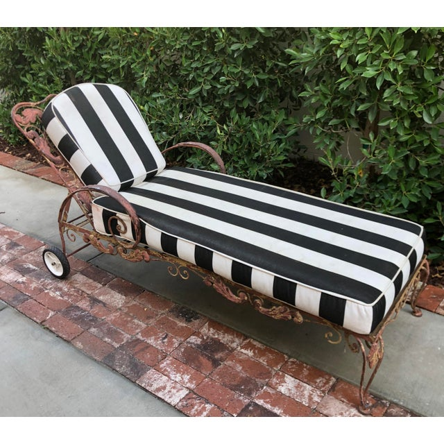 1960s Mid-Century Wrought Iron Outdoor Chaise Lounge Chair 1 of 2 Available For Sale - Image 5 of 5