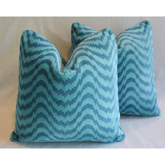 """Schumacher Velvet & Linen Feather/Down Pillows 21"""" Square - Pair For Sale In Los Angeles - Image 6 of 13"""