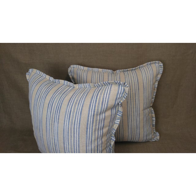 Traditional Pindler Throw Pillows in Miranda Linen Print - a Pair For Sale - Image 3 of 5