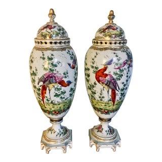 18th Century Chelsea Birds Porcelain Potpourri Urns - a Pair For Sale