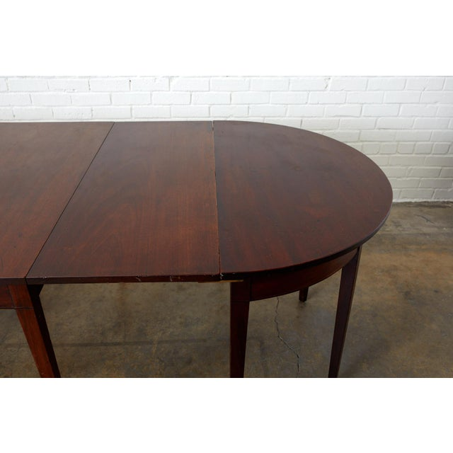 19th Century English Hepplewhite Mahogany Dining Table With Demilunes For Sale - Image 5 of 13