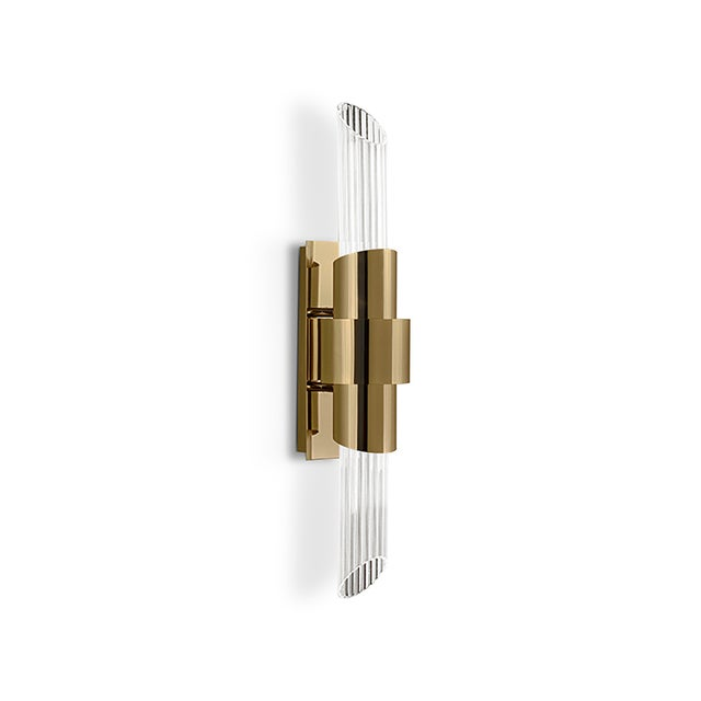 Following the creation line, the small version of Tycho Wall creates a cosmopolitan luxury environment that conveys an...