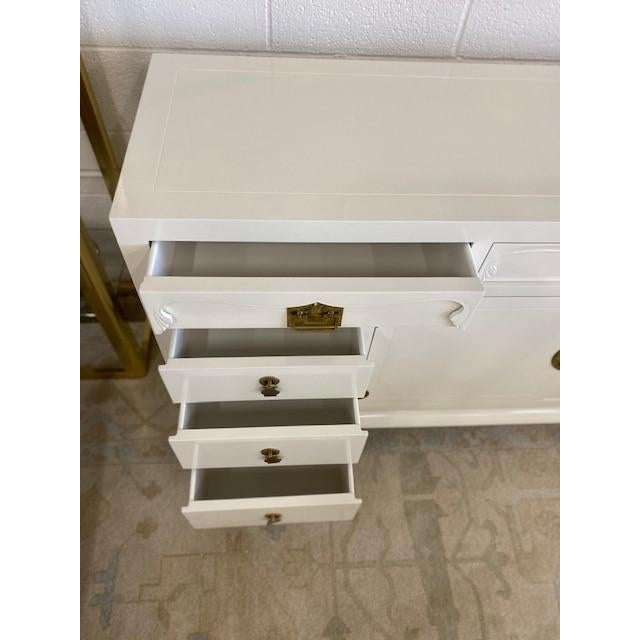 Henredon Chinoiserie Painted White Credenza For Sale In Dallas - Image 6 of 10