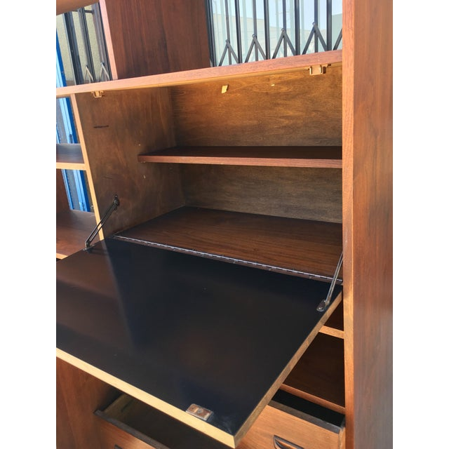 Horner Manufacturing Mid Century Wall Unit - Image 6 of 10