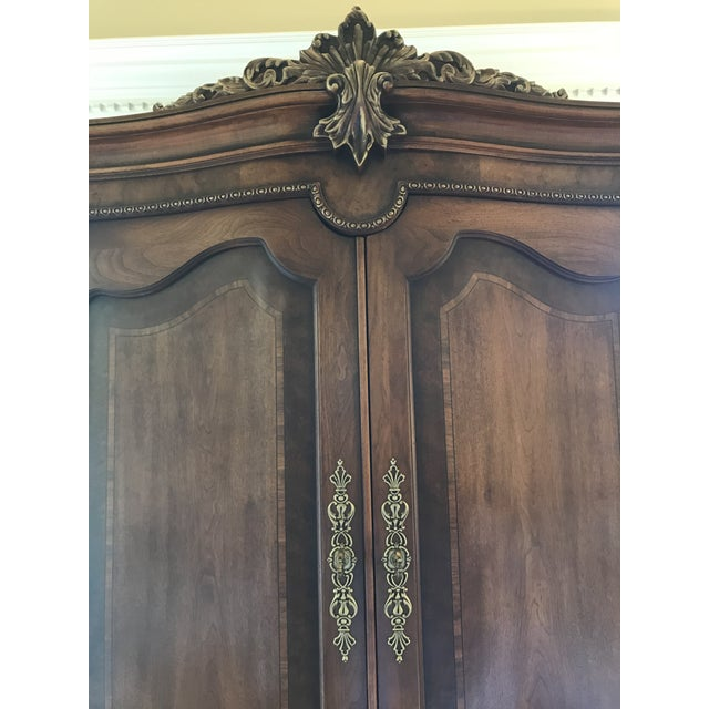 1990s 1990s Vintage Henredon Walnut Burl Armoire For Sale - Image 5 of 7