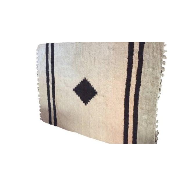 Navajo Style Wool Rug - 4′8″ × 6′9″ - Image 2 of 6