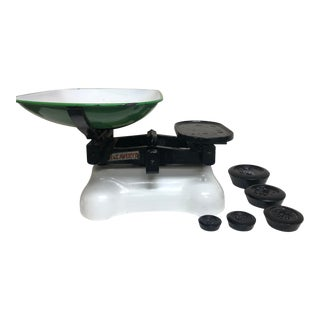 Avery Scale White Porcelain With Green and White Enamel Bowl and 5 Iron Weights For Sale
