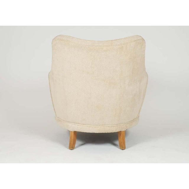 Wood 1940s Barrel Back Moderne Freshly Upholstered Lounge Chairs After Gilbert Rohde, Pair For Sale - Image 7 of 12