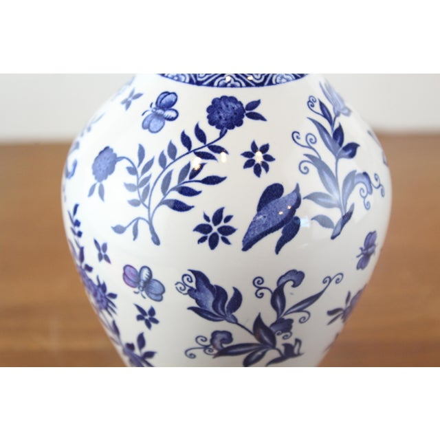 Blue and White Coalport Decanter For Sale - Image 4 of 10