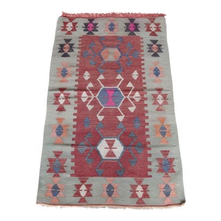 1960s Vintage Antalya Turkish Wool Kilim Rug - 2′8″ × 4′6″ For Sale