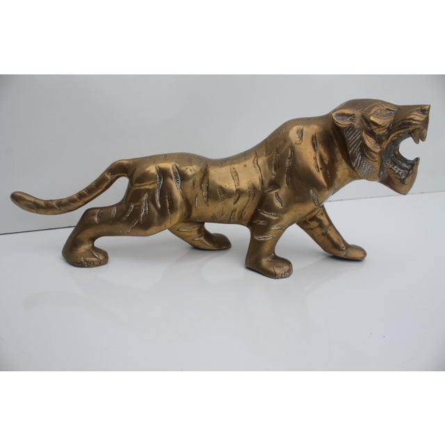 Decorative vintage Hollywood Regency brass tiger. A fabulous piece that will add to your décor!
