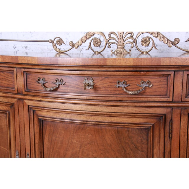 Karges French Louis XVI Style Walnut and Burl Wood Sideboard / Bar Cabinet For Sale In South Bend - Image 6 of 13