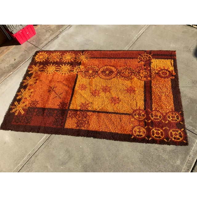 Vintage Swedish Rya shag rug in excellent condition. Geometric abstract pattern of rectangles, snowflakes & circles in a...