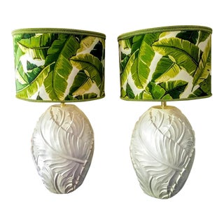 A Pair Palm Beach Regency Serge Roche Style White Gloss Palm Leaf Table Lamps W/Custom Palm Leaf Shades For Sale
