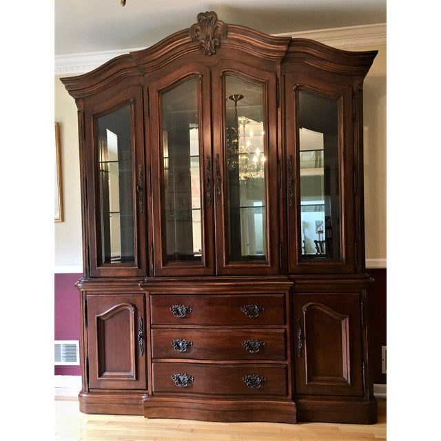Avignon by Bernhardt China Cabinet Deck & Base For Sale - Image 13 of 13